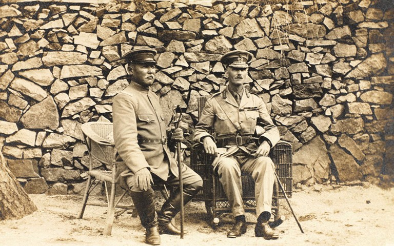 General Kamio Mitsuomi (left) and General Barnardiston (right), September 1914