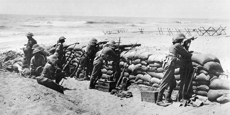 Manning defences on the coast near Arsuf in Palestine, 1918
