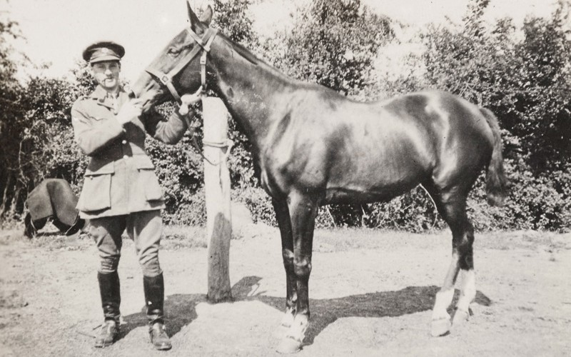 Lieutenant Arthur Fancourt Logan, 2nd Battalion The Bedfordshire Regiment, with his pony, 1915