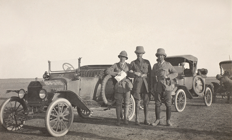 Captain William Leith-Ross (centre) with two colleagues during the Jezireh Reconnaissance, March 1917