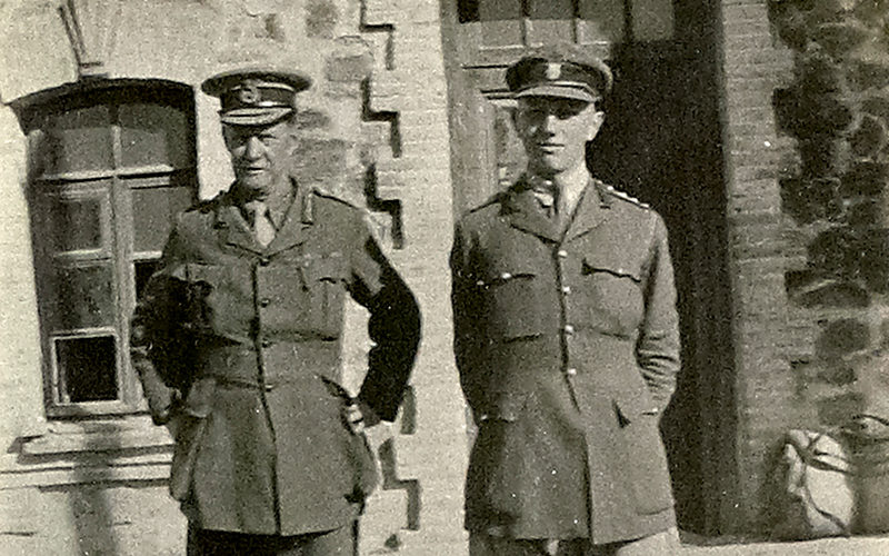 Major-General Lionel Dunsterville and Captain S Topham, his aide-de-camp, at Kasvin in northern Persia, 1918